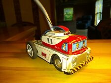 Vintage TN Japan Tin Tow Truck No. 15 w/ Winch Battery Operated