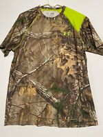 Mens Under Armour Real Tree Camo Loose Fit HeatGear T-Shirt. Size Medium
