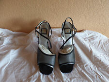 Women's Nina Strap Open Toe Block Heels Black 9.5M (6)
