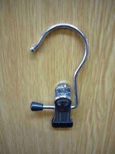 Chrome Single Peg Clip Non-Slip Hanger
