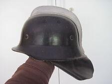 Feuerwehr,Feuerwehrhelm,Stahlhelm mit Aluminiumkamm und Nackenschutz  2.WK