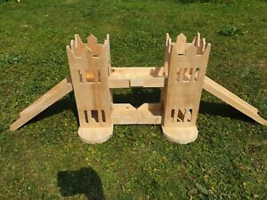 London Tower Bridge castle for guinea pigs play house exercise small animal