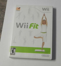 Wii Fit (Nintendo Wii, 2008)    COMPLETE   FAST SHIPPING !!  GAME ONLY !!