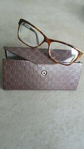 Designer Brillengestell von Gucci in Braun. Geeignet für Gleitsichtgläser.