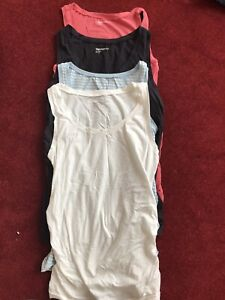Gap Maternity Vests Size M Great Condition