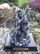 3407   FIGURINE  STATUETTE DRAGON  ET MERLIN  PIECE EXCEPTIONNELLE 20%