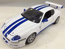 Bburago - 18-22097 - Maserati Trofeo Scale 1:24 - White/Blue
