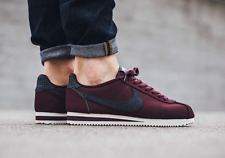 NIKE CLASSIC CORTEZ LEATHER SE Trainers Gym Fashion - UK 10.5 (EUR 45.5) Maroon