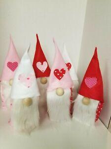 Gnomes: Valentine