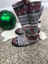 Muk Luks Woman Winter Boots Shoies Knit Casual Faux Fur Lined Sz 9.5-10.5