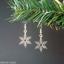 Pretty Winter Snowflake Star Dangly Drop Earrings - Christmas Yule Noel