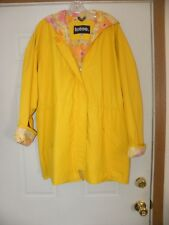 New Totes Women Hooded Raincoat Waterproof Yellow Lined with Flower Prints Large