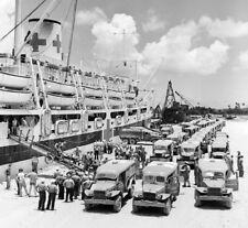 WW2  Photo WWII US Navy Hospital Ship Unloading Guam 1945 World War Two / 5264