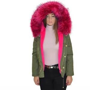 New parka corto verde fucsia con pelliccia colorata voluminosa glamour