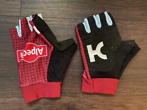 Katusha Alpecin Summer Rider Issue short finger gloves mitts small red
