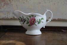 Antique saucière Caughley polychrome fleurs gadrooned Défilement Poignée rare 1770