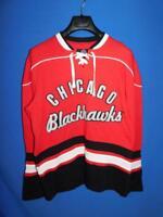 Chicago Blackhawks M Retro Red Sweatshirt GIII Carl Banks Jersey Cotton Knit Md