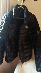 The North Face puffer jacket Mens Medium Black pertex quantum GL