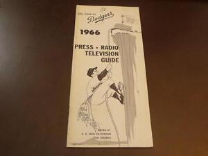 VINTAGE 1966 LOS ANGELES DODGERS PRESS MEDIA GUIDE EX-MINT
