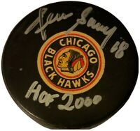 Dennis Savard HOF SIGNED VINTAGE VICEROY GAME PUCK CHICAGO BLACKHAWKS 1977-83