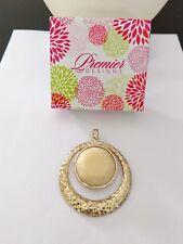 Premier Designs Jewelry FRENCH VANILLA Gold Tone Acrylic Magnetic Enhancer NIB
