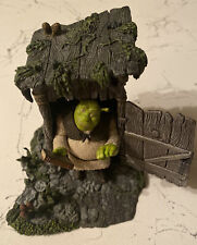 McFarlane Toys, Shrek figure, Shrek play set dirohmo - The Outhouse