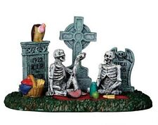 Lemax Spooky Town - Graveyard Picnic - NEW