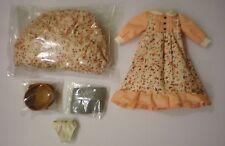 Blythe New 5 pcs x Original Outfit & Accessories Dress Set