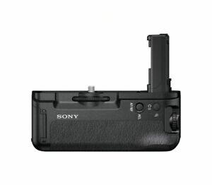 Genuine Sony VG-C2EM Vertical Grip (for a7II/a7RII/a7SII cameras)