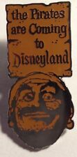 Disney Pirates Are Coming Poster Pirates of Caribbean Dlr 50th Set Pin Le New