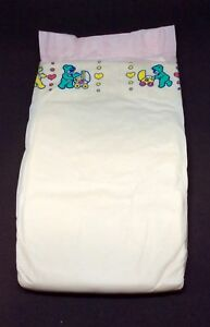 Vintage Pampers Phases Baby-Dry Plus Diaper for Girls Sz Midi Europe Import