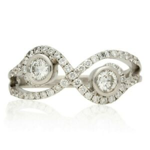 PRE-OWNED  WHITE GOLD DIAMOND CROSSOVER CLUSTER RING