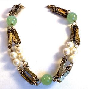 Bracelet Multiple Gold-tone Flat Links W/ Pearls & Green Gem Stone Beads B93