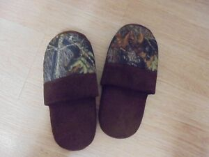 MEN'S Camoflauge Slip On Slippers Size XL