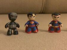 """Mezco Toys DC Comics Universe Mini Mez-itz 8 Figures - 2"""""""