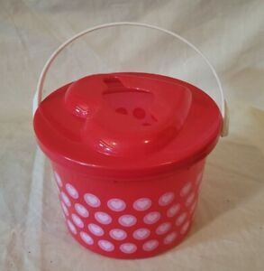 Plastic Toy Bucket Love Theme Hears With Heart Shaped Opening Red & Pink