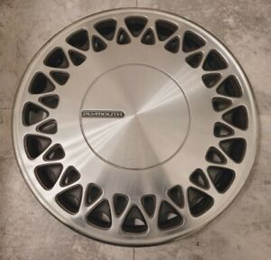 """(1) OEM 1991-1993 Plymouth Grand Voyager 15"""" Hubcap Wheel Cover #0A pn 4684028"""