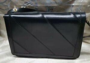 Vintage Real Leather (Made In England) Shoulder Bag.