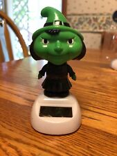 New Solar Powered Dancing Toy Bobble Head HALLOWEEN - GREEN WITCH