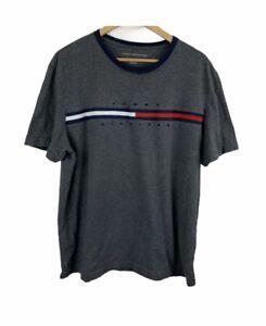Tommy Hilfiger Vintage Mens Size XL Gray Flag Logo T-shirt Crewneck Spellout EUC
