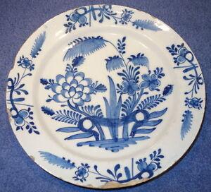Keramik-Teller,groß, China od. Delft,wohl 18.Jhdt,blau-weiß