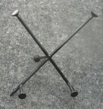 Large Nails Iron Trivet Stand