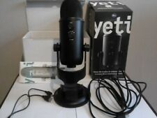 Blue Microphones Yeti USB Microphone With Pop Filter - Black