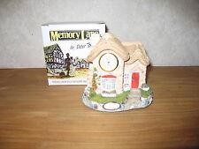 MEMORY LANE *NEW* Maison Cottage Gingerbread Shop avec Horloge 12x14cm