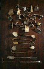 Ancien 1930 Les Outils Du Mouleur En Bronze 30 Pièces Différentes