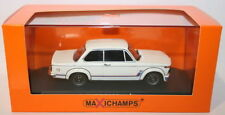 Voitures, camions et fourgons miniatures blancs BMW BMW