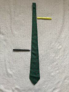 Hermes 7598 SA Tie Neck Tie 100% Silk Made in France