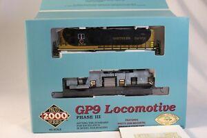 CH Proto 2000 Life Like  GP9 Locomotive 21641 Northern Pacific #359 HO Scale