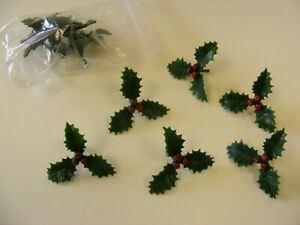 Large Plastic Holly Christmas Cake Decoration - Various pack sizes
