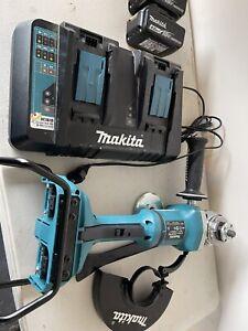 Makita BRUSHLESS ANGLE GRINDER  KIT 2 X 4.0 Batteries Plus Makita Dual Charger